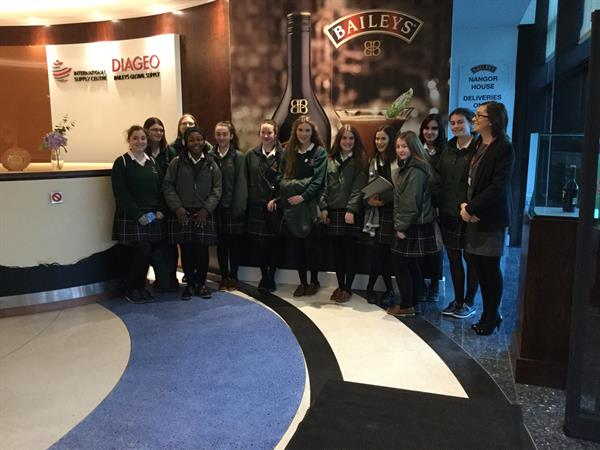Business Students Visit Diageo